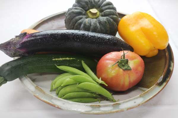 宮崎の旬の野菜を使った朝食 写真